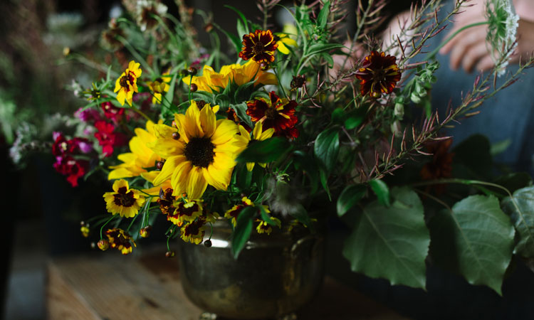 Seasonal Urns